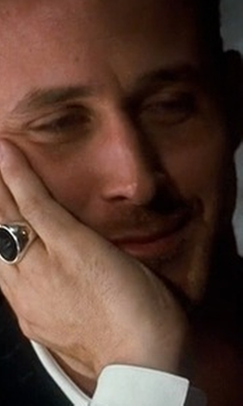 Ryan Gosling with David Yurman Signet Ring With Black Onyx in Crazy, Stupid, Love.