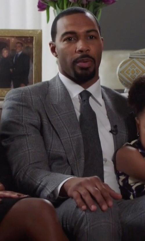 Omari Hardwick with Boss Double-Windowpane Melange Suit in Power