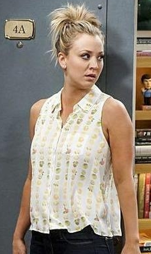 Kaley Cuoco-Sweeting with Equipment Orchard Blossom Crepe De Chine Mina Shirt in The Big Bang Theory