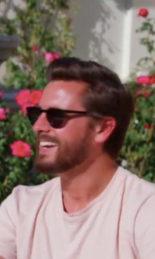 Scott Disick with Saint Laurent Classic 28 Sunglasses In Shiny Black Acetate in Keeping Up With The Kardashians