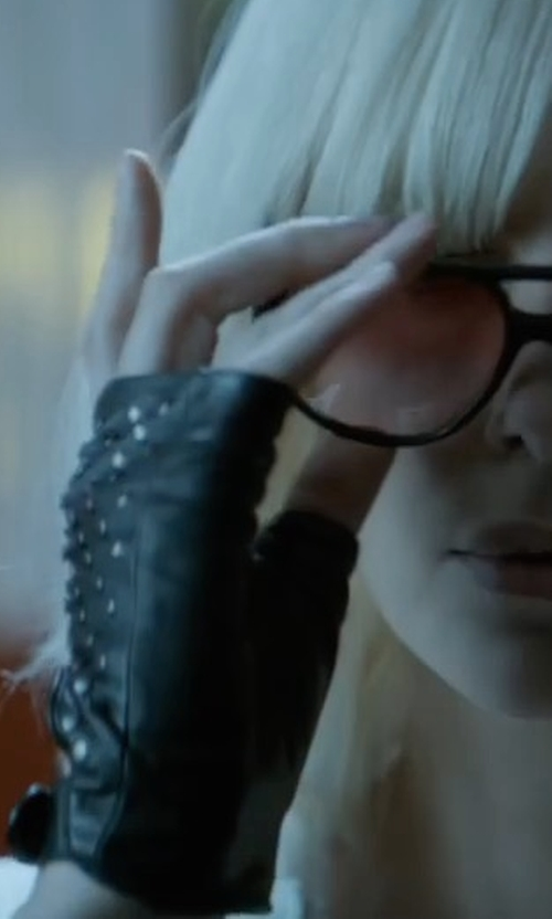 Charlize Theron with Gucci Studded Cut-Off Leather Gloves in Atomic Blonde