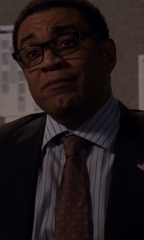 Harry Lennix with Canali Medallion Silk Tie in The Blacklist