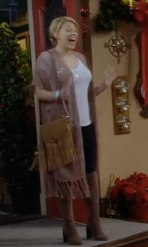 Jodie Sweetin with Urban Originals Style Icon Faux-Leather Shoulder Bag in Fuller House