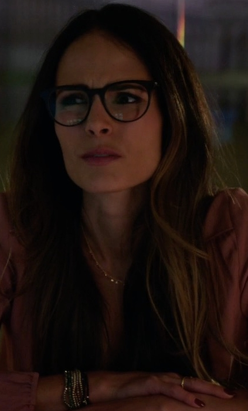 Jordana Brewster with Equipment Slim Signature Silk Shirt in Lethal Weapon