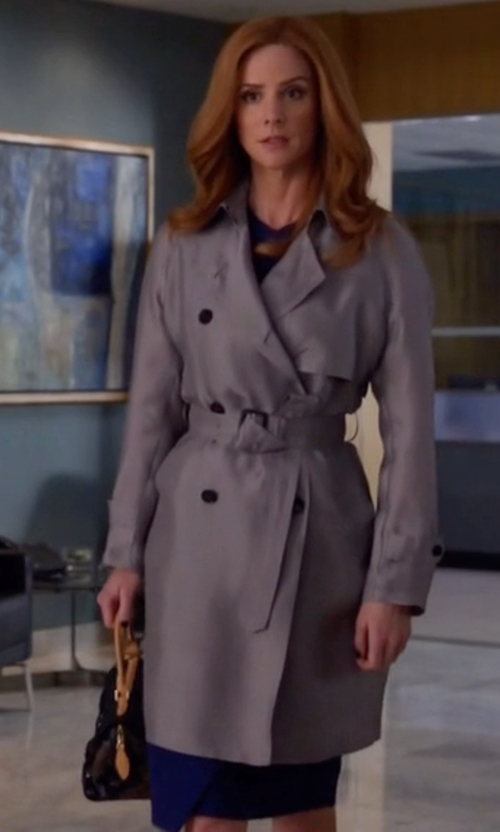 Sarah Rafferty with Marc Jacobs Medium Incognito Bag in Suits