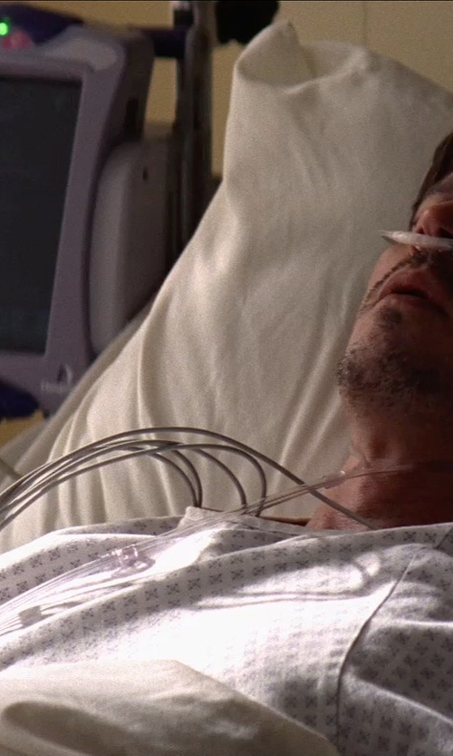 Johnny Depp with VELCRO Brand Closure Hospital Gown in Transcendence