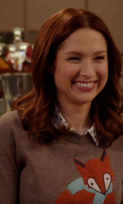 Ellie Kemper with Brooklyn Industries Too Foxy Sweater in Unbreakable Kimmy Schmidt