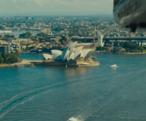 Unknown Actor with Sydney Opera House Sidney, Australia in Mechanic: Resurrection