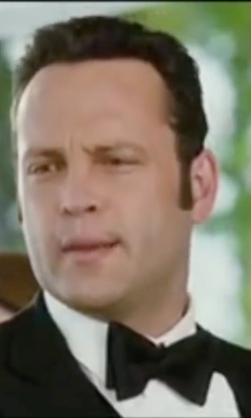 Vince Vaughn with Burberry Silk Bow Tie in Wedding Crashers