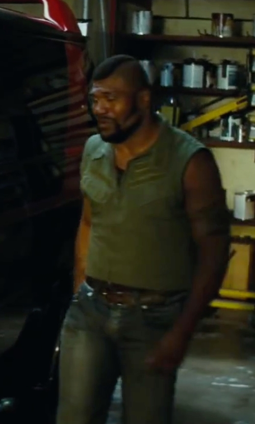 Quinton 'Rampage' Jackson with H2H Casual Work Utility Hunting Travels Sports Vest in The A-Team