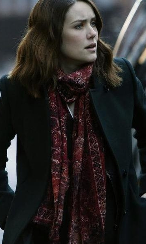 Megan Boone with Burberry Cashmere Leopard-Print Check Scarf in The Blacklist