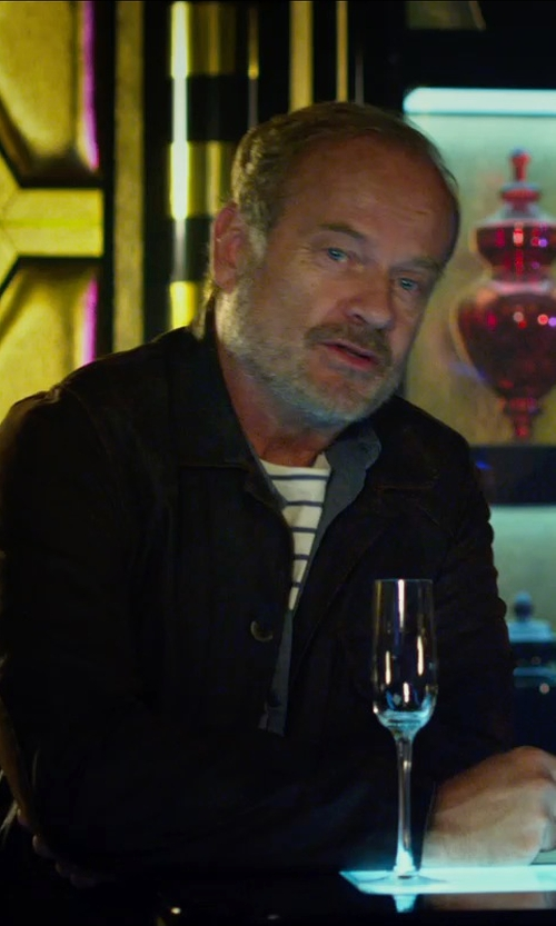 Kelsey Grammer with Gap Striped Ringer T-shirt in The Expendables 3
