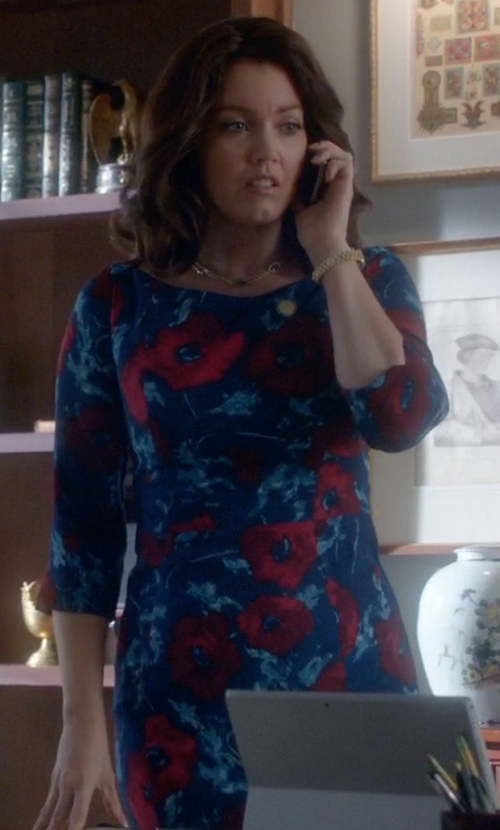 Bellamy Young with Black Halo 3/4-Sleeve Floral-Print Dress in Scandal