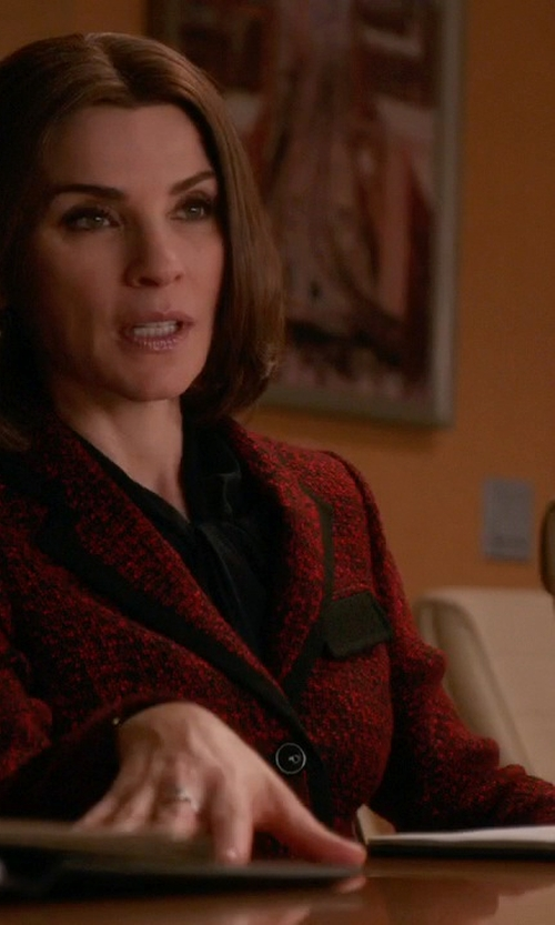 Julianna Margulies with Misook Woven Knit Cropped Jacket in The Good Wife
