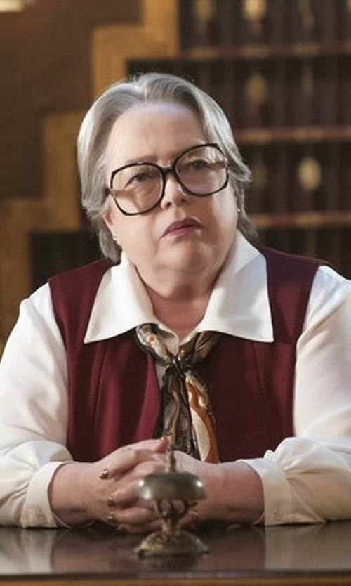 Kathy Bates with Wear Me Pro Oversized Clear Lens Square Glasses in American Horror Story