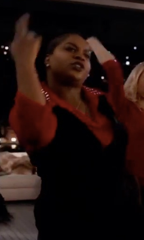 Ester Dean with Michael Kors Embellished Collar Button Down Shirt in Pitch Perfect 3