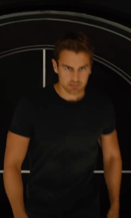 Theo James with James Perse Crew Neck Cotton-Jersey T-Shirt in The Divergent Series: Allegiant