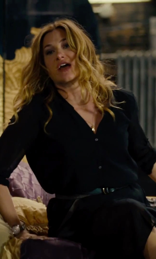 Kathryn Hahn with Naomi Gray Gray Tiny Diamond Clover Necklace in She's Funny That Way