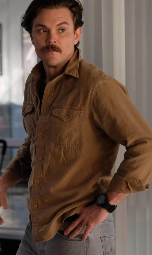 Clayne Crawford with Polo Ralph Lauren Solid Button-Down Shirt in Lethal Weapon
