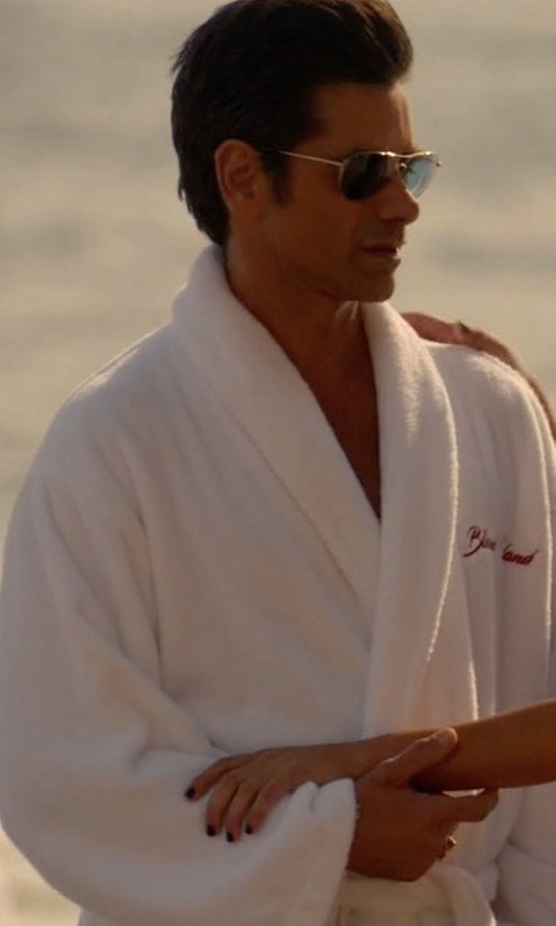 John Stamos with Derek Rose Terry Cloth Robe in Scream Queens