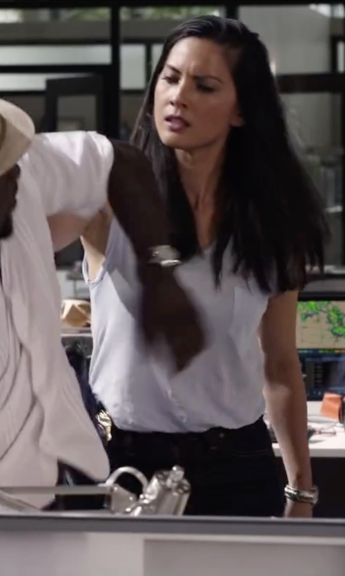 Olivia Munn with T by Alexander Wang Long Muscle Tee with Pocket in Ride Along 2