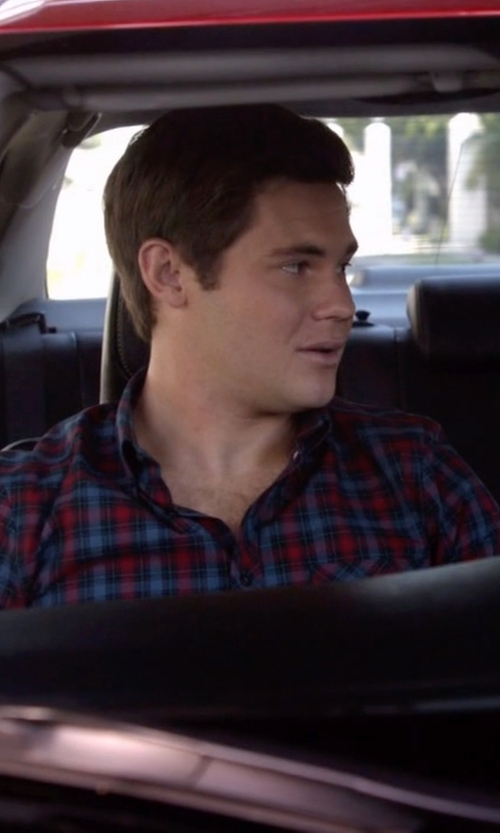 Adam DeVine with Grayers Checked Cotton Shirt in Modern Family