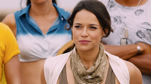 Michelle Rodriguez with Steve Madden Bandana Print Scarf in The Fate of the Furious