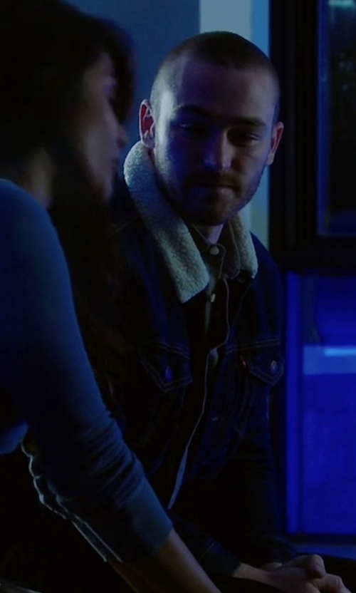 Jake McLaughlin with Levi's Faux-Shearling Trucker Jacket in Quantico