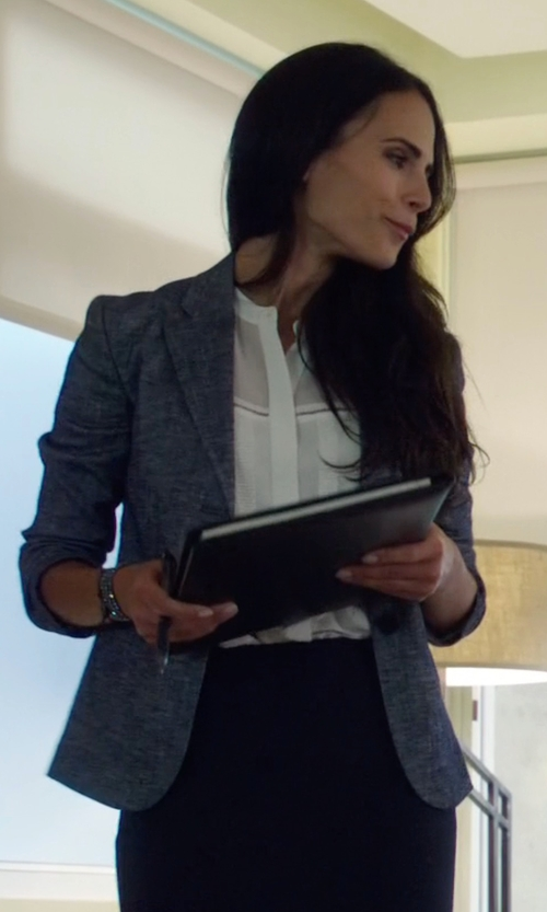 Jordana Brewster with Theory  Reeta Linen Ruffle Blouse in Lethal Weapon
