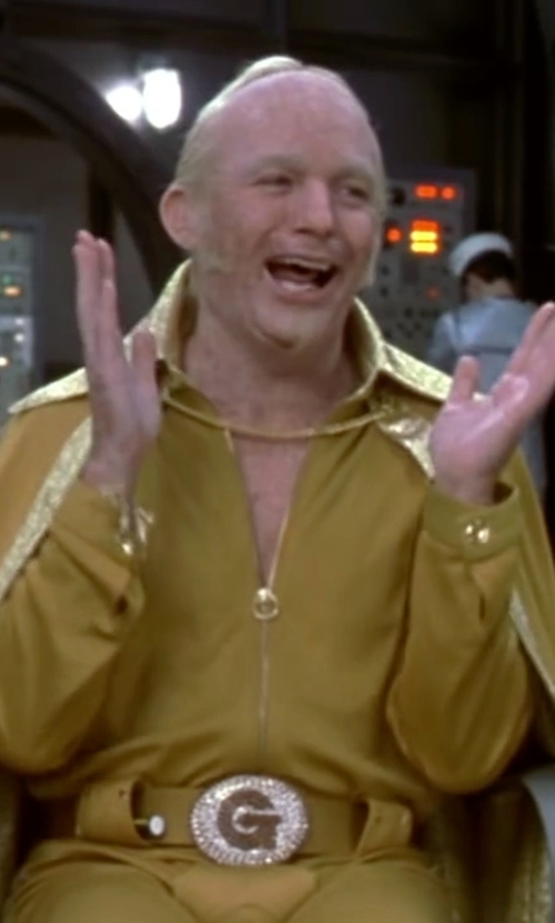 Mike Myers with Nike Plaque Belt in Austin Powers in Goldmember