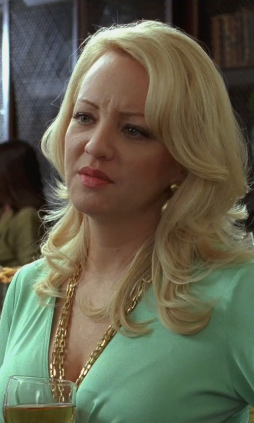 Wendi McLendon-Covey with Marco Bicego Africa Yellow Gold Ball Drop Earrings in Bridesmaids