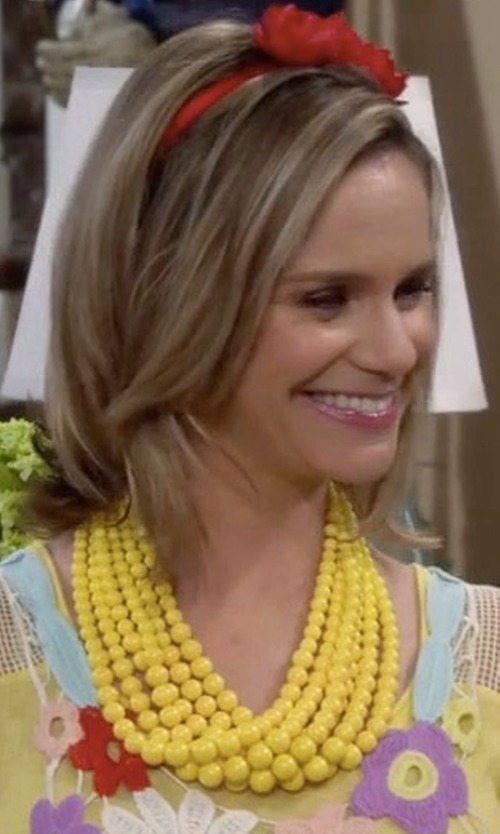 Andrea Barber with Modcloth Braid to Love You Necklace in Fuller House