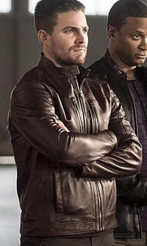 Stephen Amell with Hugo Boss Naquinn Leather Jacket in The Flash
