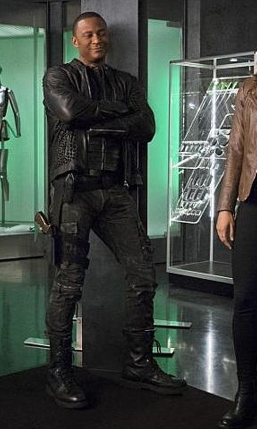 David Ramsey with Maya Mani (Costume Designer) Custom 'Diggle' Costume in The Flash