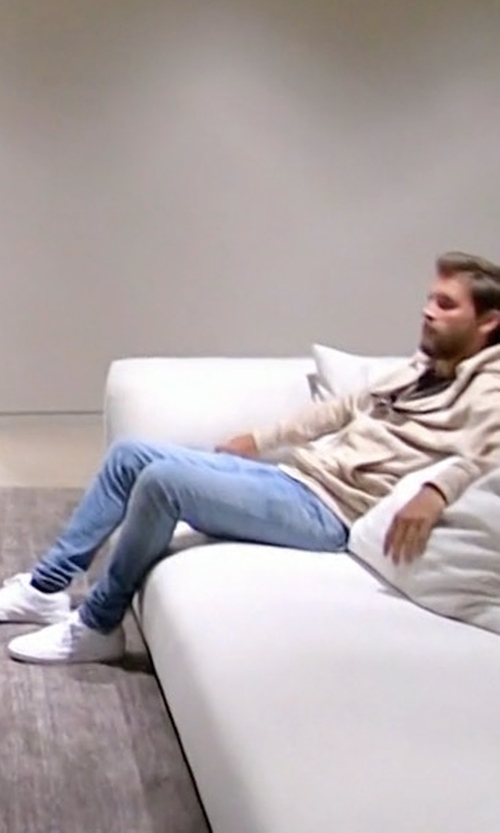 Scott Disick with Common Projects Achilles Leather Low-Top Sneakers in Keeping Up With The Kardashians