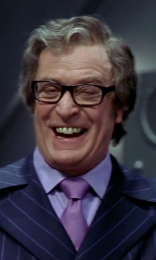 Michael Caine with Michael Kors Solid Tie in Austin Powers in Goldmember
