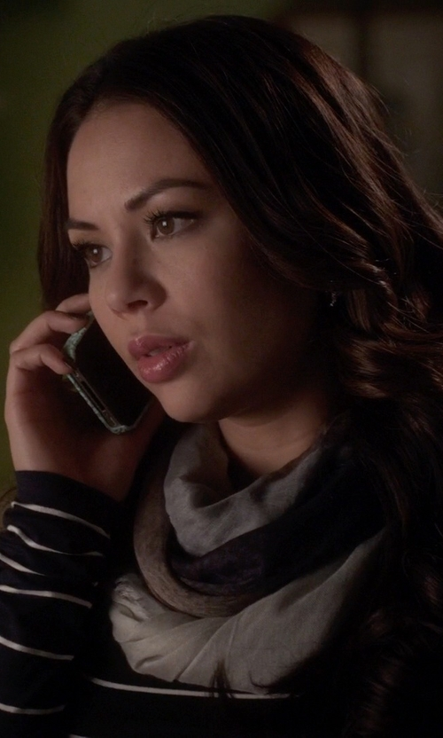 Janel Parrish with Apple iPhone 4S in Pretty Little Liars