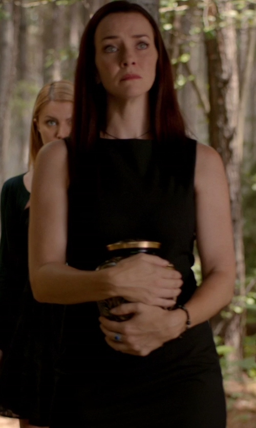 Annie Wersching with Theory Minaeon Sleeveless Sheath Dress in The Vampire Diaries