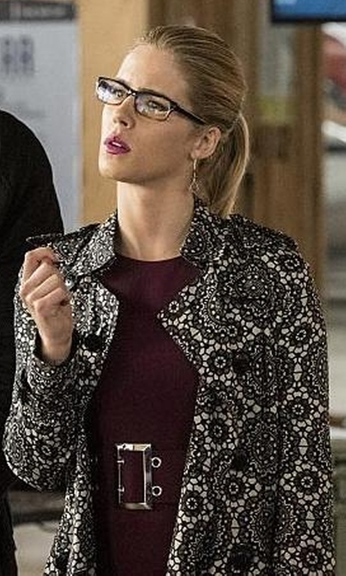 Emily Bett Rickards with Burberry London Kensington Lace Print Silk Trench Coat in The Flash