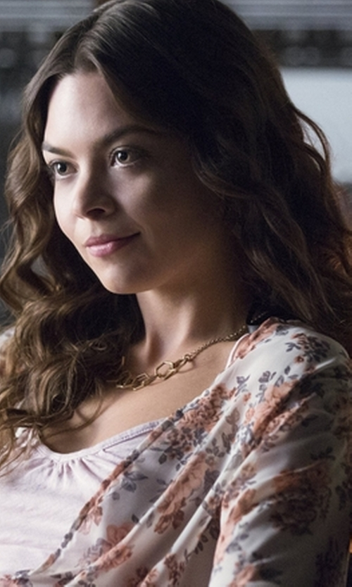 Scarlett Byrne with Kenneth Cole New York Jet Set Sparkle Link Necklace in The Vampire Diaries