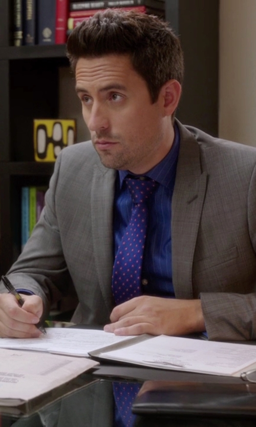 Ed Weeks with Eton of Sweden Polka Dot Silk Tie in The Mindy Project