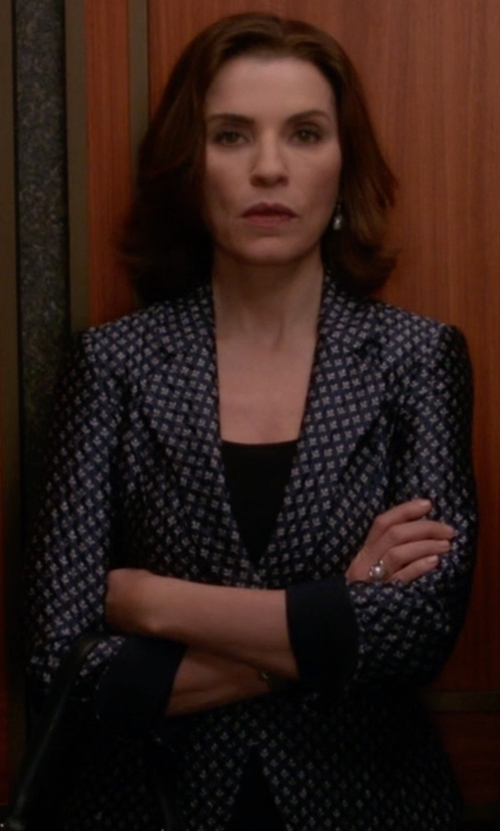 Julianna Margulies with Diane Von Furstenberg Vinley Floral Print Silk Blazer in The Good Wife