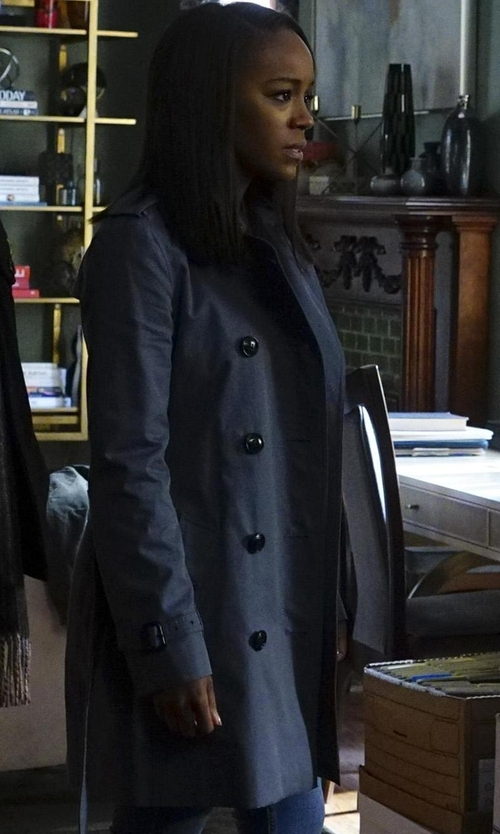 Aja Naomi King with Burberry The Kensington Mid-Length Heritage Trench Coat in How To Get Away With Murder
