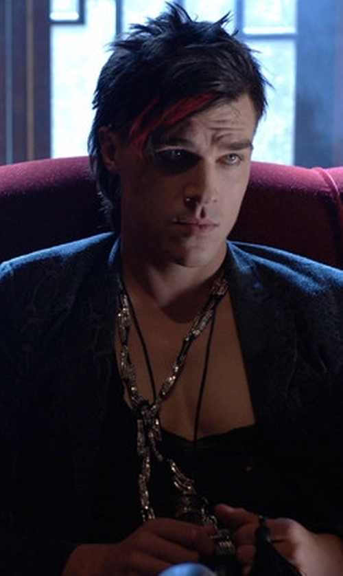 Finn Wittrock with David Yurman Renaissance Petite Tassel Necklace in American Horror Story