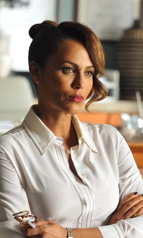 Nicole Ari Parker with Lafayette 148 New York Seamed Concealed-Button Blouse in Rosewood