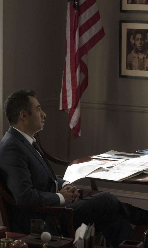 Kal Penn with Cole Haan Cambridge Oxford Shoes in Designated Survivor