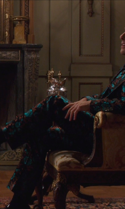 Stanley Tucci with Giorgio Armani Dress Shoes in The Hunger Games: Mockingjay Part 1