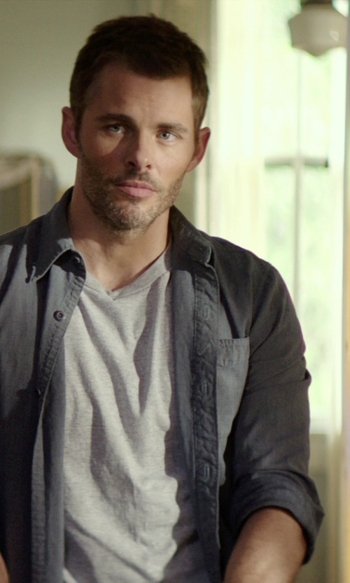James Marsden with Bless Basic Crew Neck T-Shirt in The Best of Me