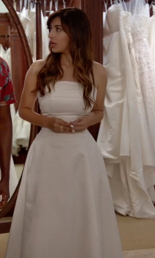 Hannah Simone with Badgley Mischka Collection Gazar Ball Gown in New Girl