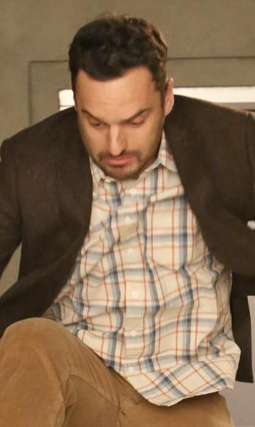 Jake Johnson with Dockers Premium Wrinkle Twill Shirt in New Girl